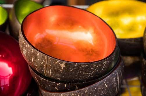 image d'un bol en écorce de noix de coco